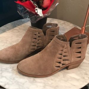 Vince Camuto Verona ankle boot